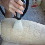 Come puliamo i divani in Pulicasa