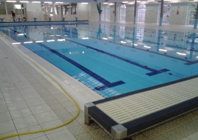 Pulicasa effettua trattamenti antiscivolo per bordi piscina