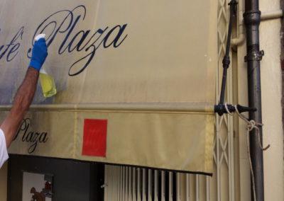 lavaggio tenda da sole dell'Hotel Plaza fatta da Pulicasa