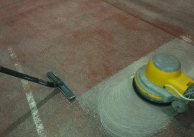 lavaggio pavimento in pvc