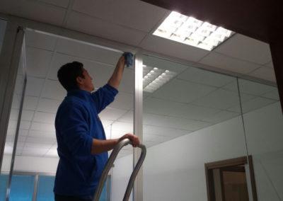 pulizia di fondo a uffici