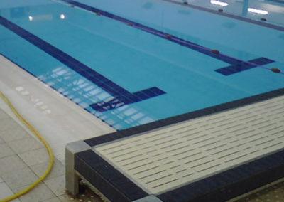 trattamento antiscivolo per bordo piscina