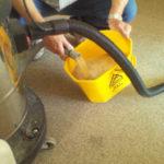 Macchina lava e aspira per la pulizia della moquette