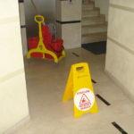 Eseguiamo pulizie condominiali rispettando le norme di sicurezza